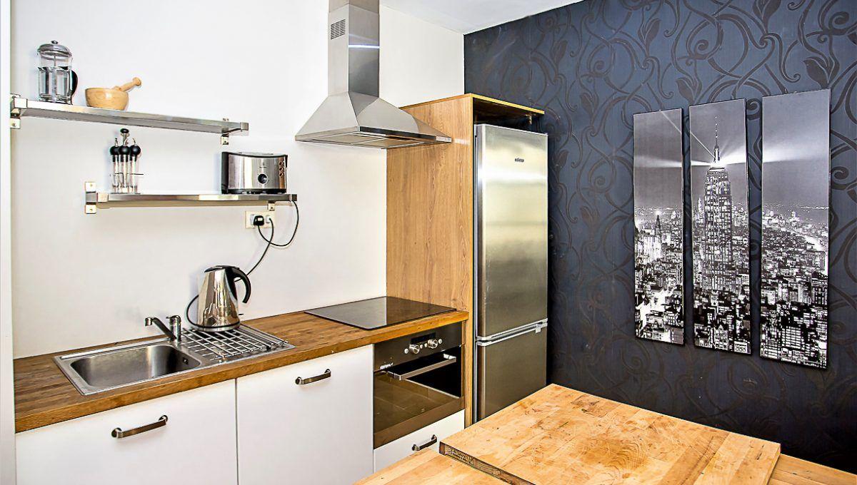 14-1 Apartment