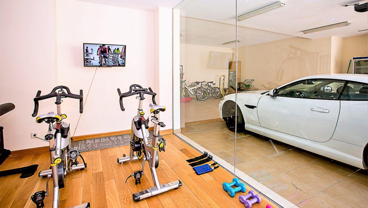 15-1 Gym and garage