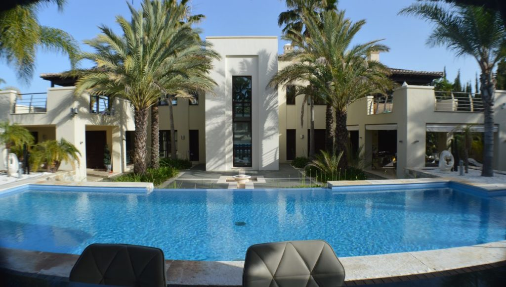 0-0-4-Rear-Villa-from-Pool-Bar-1200x680-1