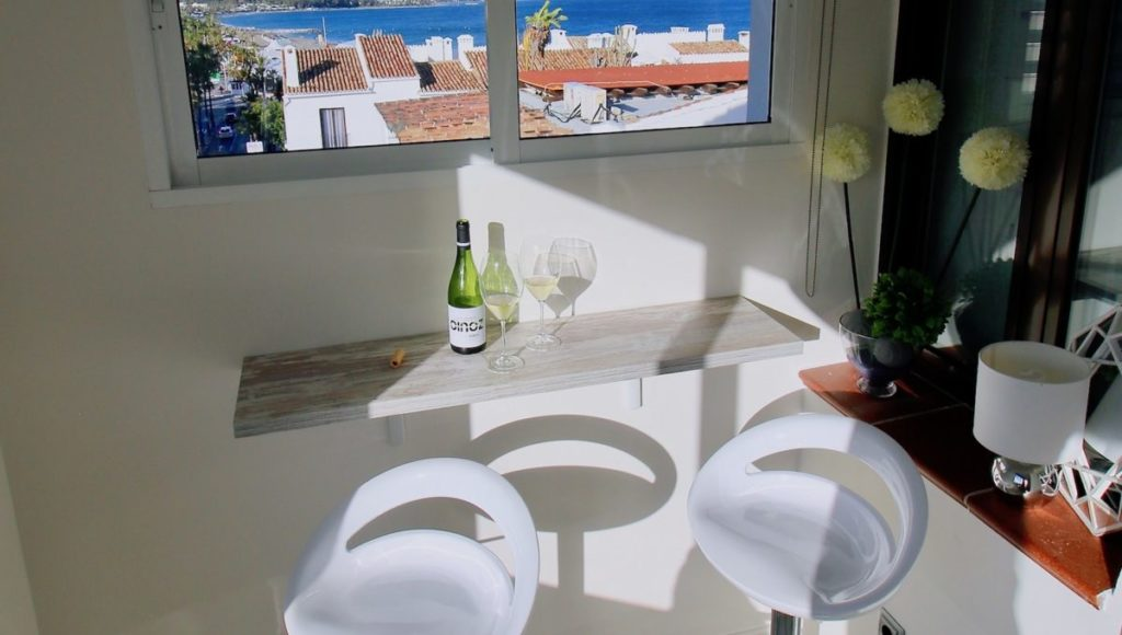 3B-Relaxing-zone-with-sea-view-2-bedroom-2-bath-apartment-for-rent-in-Puerto-Banus-with-sea-views-Marbella-Costa-del-Sol-Spain-1-1200x680-1